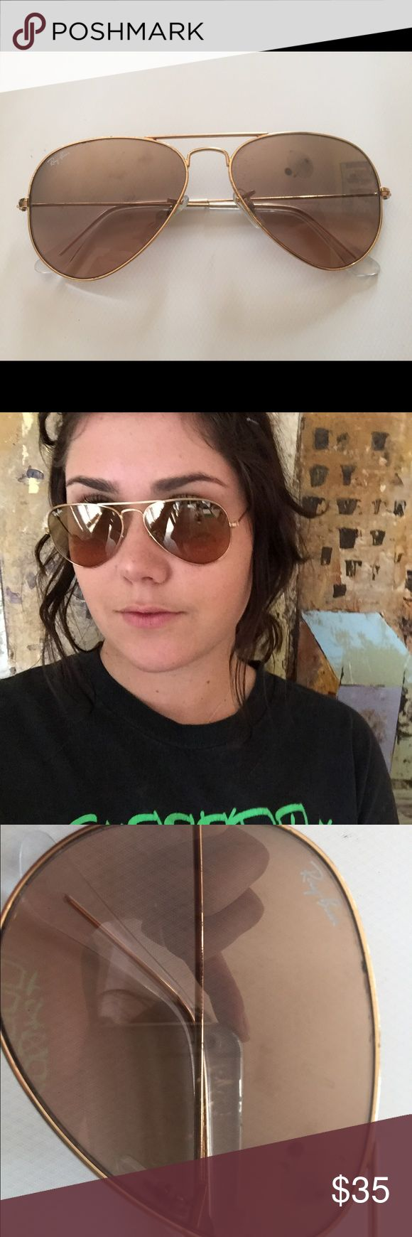 RayBan Aviators Gently used! Almost perfect condition with the slightest scratch on the left eye lens! The scratch is 1 cm long and out of the view. Price negotiable!⭐️💫 Ray-Ban Accessories Sunglasses