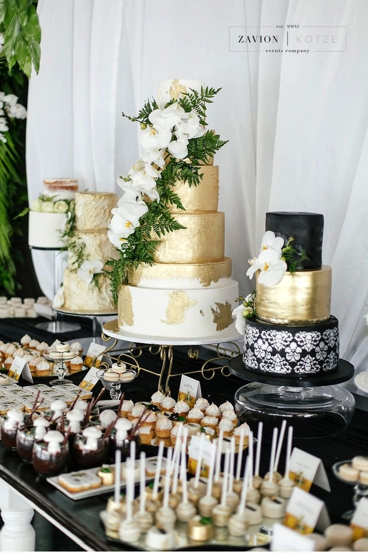 Wedding cake green gold black and white