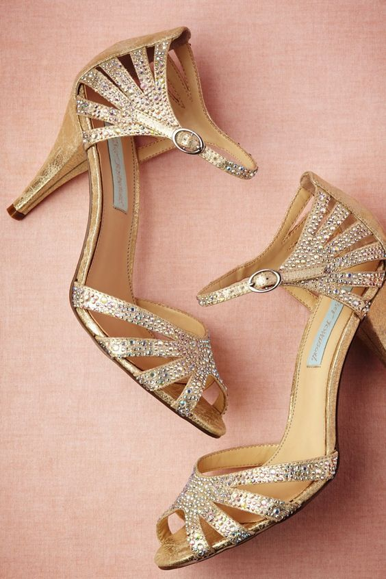 Art Deco Heels in Champagne Sparkle