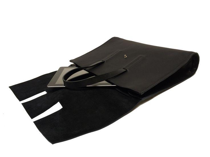The roux messenger Martin Dust leather bag cuire 2 pockets minimalist unique unisexe Montréal: