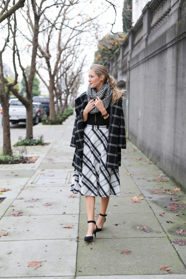 Mixed black white prints plaid midi plaid coat infinity How to make your cubicle look classy