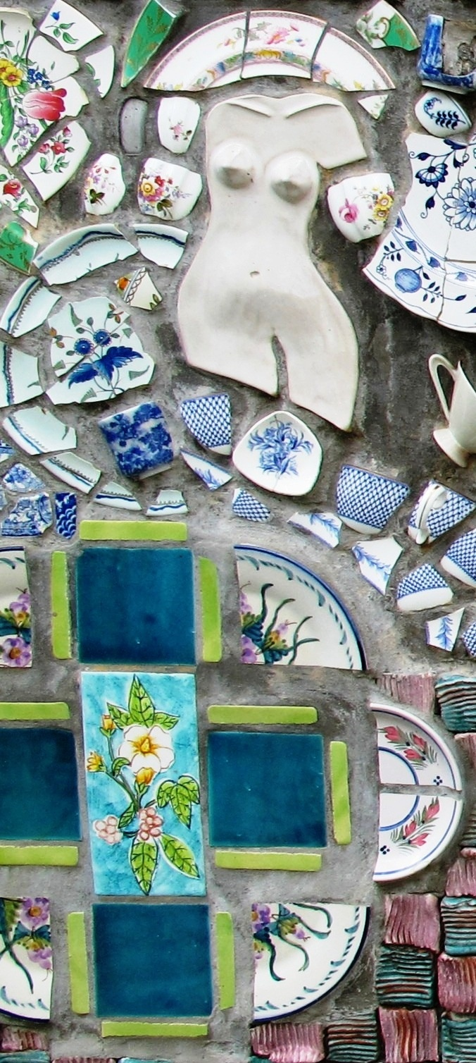 Add a splash of creativity with a mosaic wall in the garden