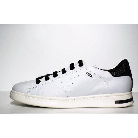 sneaker Femme Geox Jaysen blanc et paillettes à découvrir www.cardel-chaussures.com