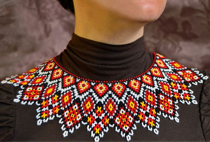 Free pattern for necklace Mexico in native style.   U need : seed beads 11/0 Step 1    How to use this diagram. U just count how much seed beads of every color is on the pattern and follow arrows dire