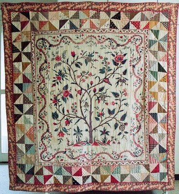 Antique Dutch quilt. This border fabric was reproduced in a line by Petra Prins for Windham Fabrics.  I think I need to make a quilt for it.