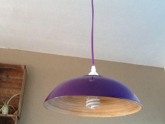 Paarse lamp met bamboe houten binnenkant en paar door SiensArtShop.