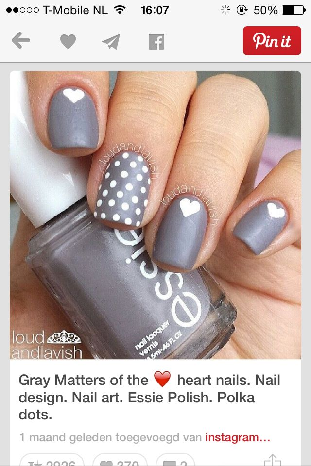 Grey mat with hearts