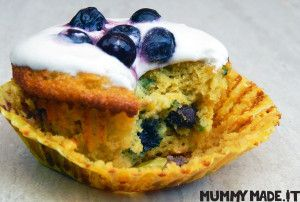 Zucchini and Blueberry Cupcakes with Lemon Cream Icing | http://mummymade.it/2015/11/zucchini-and-blueberry-cupcakes-with-lemon-cream-icing.html