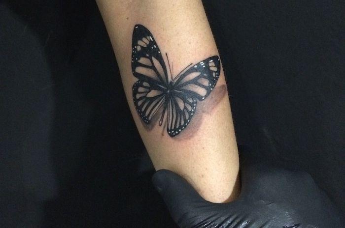 Les 20 meilleures id es de la cat gorie tatouage papillon 3d sur pinterest tatouages de - Dessin tatouage femme ...
