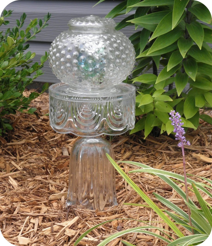 103 best solar light crafts images on pinterest solar for Recycled glass art projects