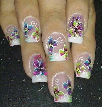 Diseños de Uñas Mariposas 14