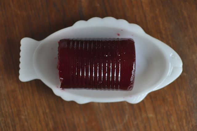 "Home ""Canned"" Cranberry Sauce Made in a Tin Can Mold (with instructions for waterbath)"