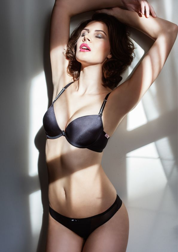 Samanta lingerie - New collect Heka black bra: A479 pants: M200 www.samanta.eu