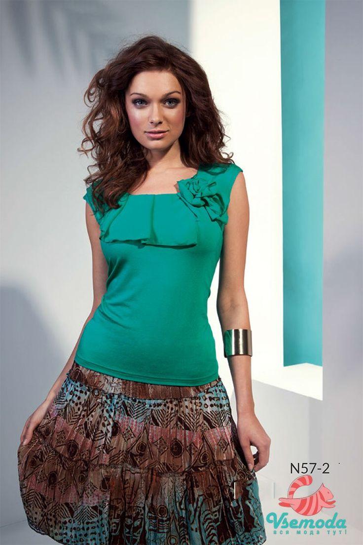 Блузка N57-2 Фирма производитель: Sunwear Страна производитель: Польша Артикул: N57-2 Размер: 44-54 Состав: 95% вискоза, 5% эластан