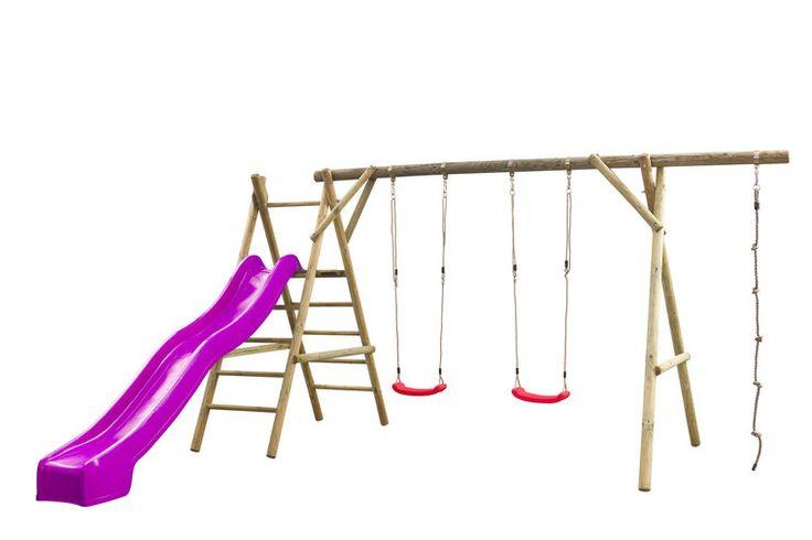 Speeltoestel Noortje van rond hout met een dubbele schommel, trap, klimtouw en een 3 meter glijbaan met wateraansluiting. Schommelzitjes zijn te vervangen door andere accessoires.