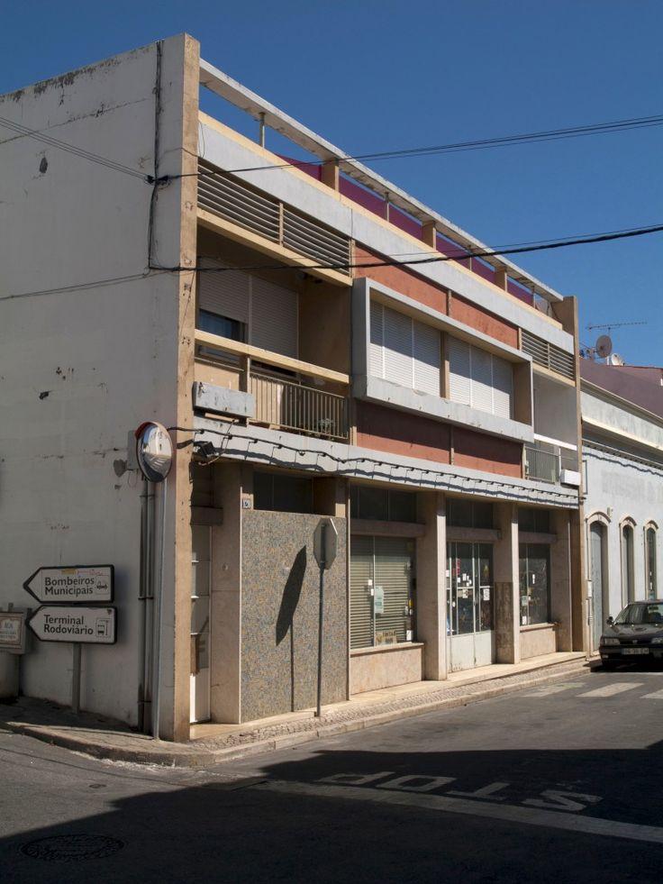 Edifício Galhardo, Tavira. MGCosta, 1956-1957, obra do Arq. M. Gomes da Costa RAgarez