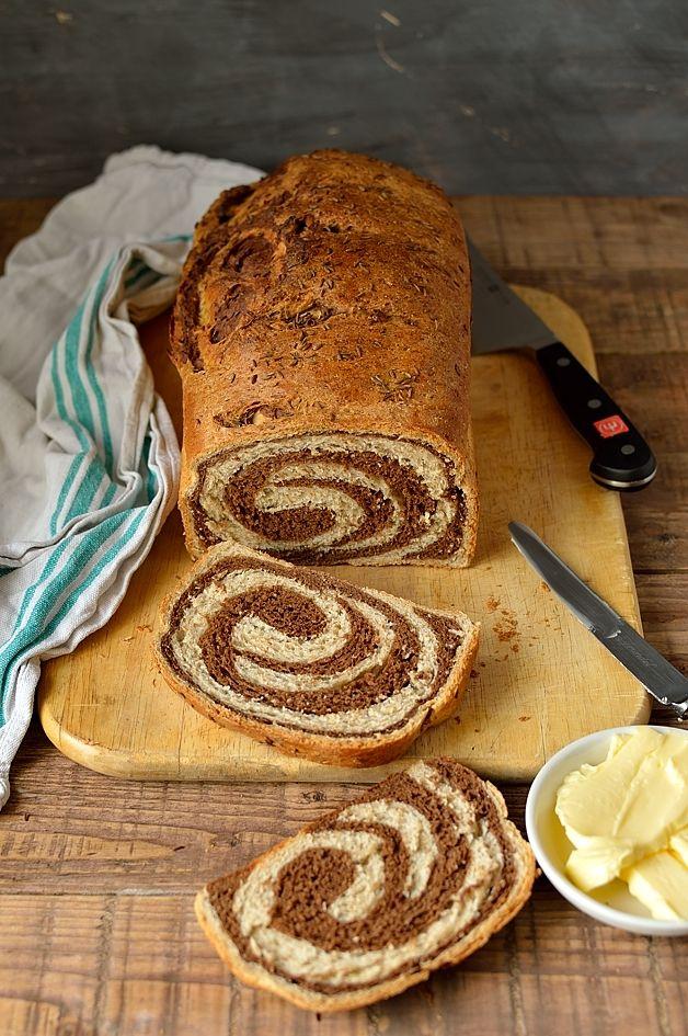 Swirled marbled rye bread