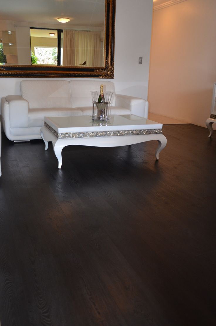 Elegant and stylish vinyl flooring