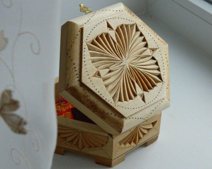 Schmuck Box Rustic Home Decor Schatz Lagerung Schmuckstück Deckel 5.  Jahrestag Hochzeit Geschenk Lindenholz Tabelle