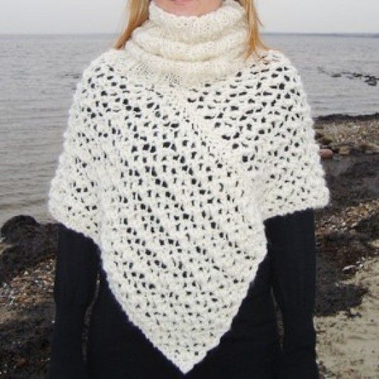 A short Poncho with a Roll Neck