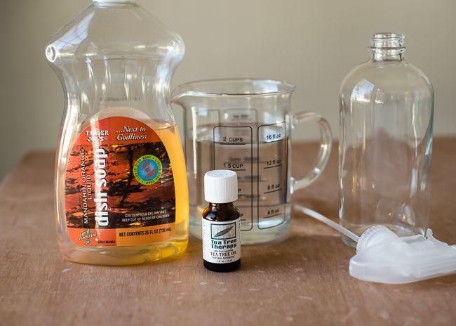 Banish Soap Buildup   Mildew with Homemade Shower Spray | http://hellonatural.co/homemade-shower-spray/