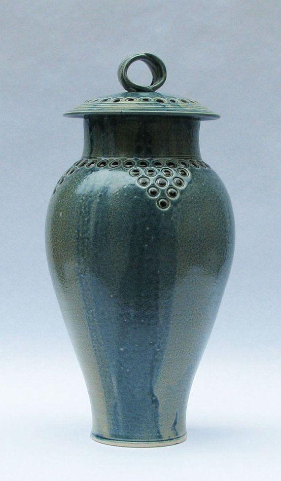 Decorative Cremation Urns Extraordinary 50 Best Urns Images On Pinterest  Cremation Urns Flower Vases Decorating Design