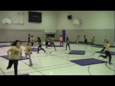 Strike Away. Grade One to Five Physical Education. Brian Lewis.