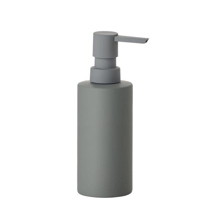 Mooie accessoires maken jouw interieur helemaal af. Wat dacht je van de Solo zeepdispenser van Zone Denmark? Dit pompje past met zijn strakke looks perfect in een modern interieur. Handig voor in de badkamer, keuken en het toilet!