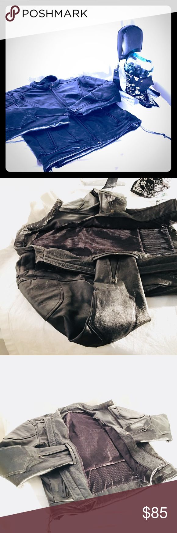 Men's Black Leather Moto Jacket Black ALL Leather Moto Jacket Size XL has zip up wrists, chest and back vented zips (4total), and low back leather lace up detail.  Jacket is like new and pricing on listing is for Jacket Only @ $85.   The staged photos feature a motorcycle  extension for a Harley Davidson (Retails $500+), a pair of Paris Brand Rubber Boots (Retail $50+), and a Zane Handkerchief Moto Mask (Retail $15-$20).  Buy the lot for $150.00.  Resell the other items and make money :)…