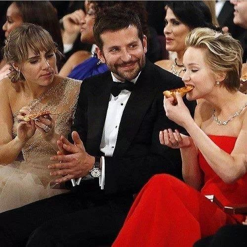 Jennifer and Bradley Cooper