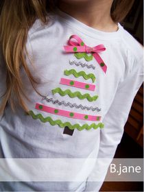DIY Christmas tree applique with ribbons I'm so doing something  Like this for Gina Christmas outfit and maybe pairing with a cute tutu?