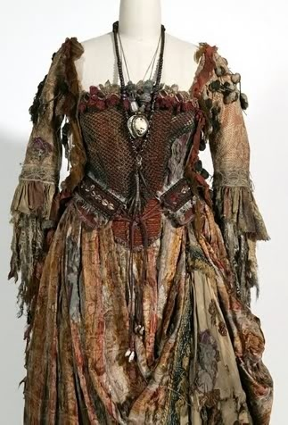 Tia Dalma, Pirates medieval gypsy clothing | Renaissance, Elizabethan, And Gypsy Clothing / .