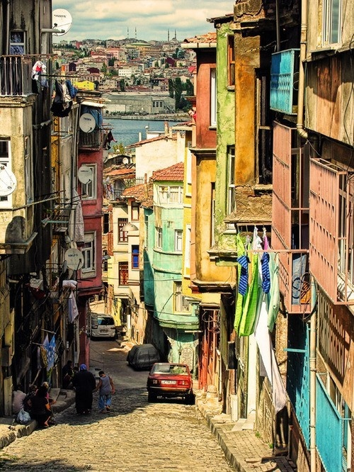 Istanbul, colour