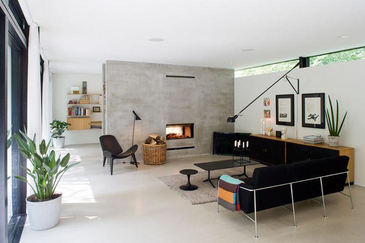 La maison d'Anna G.: Summerhouse, Wall Lamps, Living Rooms, Modern Living, Summer House, Clean Line, Fireplaces, High Window, Danishes Modern