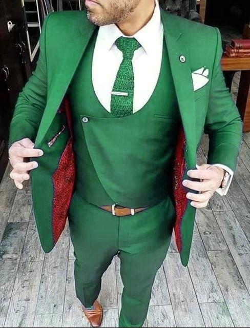 green 2017 new classic style tuxedos for men groomsmen men s suit