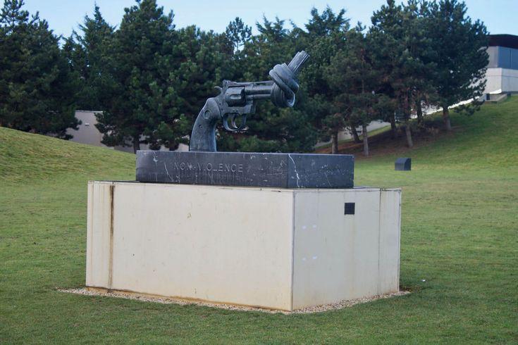 Petite visite de Caen et de ses alentours en un week-end avec notamment la visite des plages du débarquements, de la pointe du Hoc, du cimetière américain ..