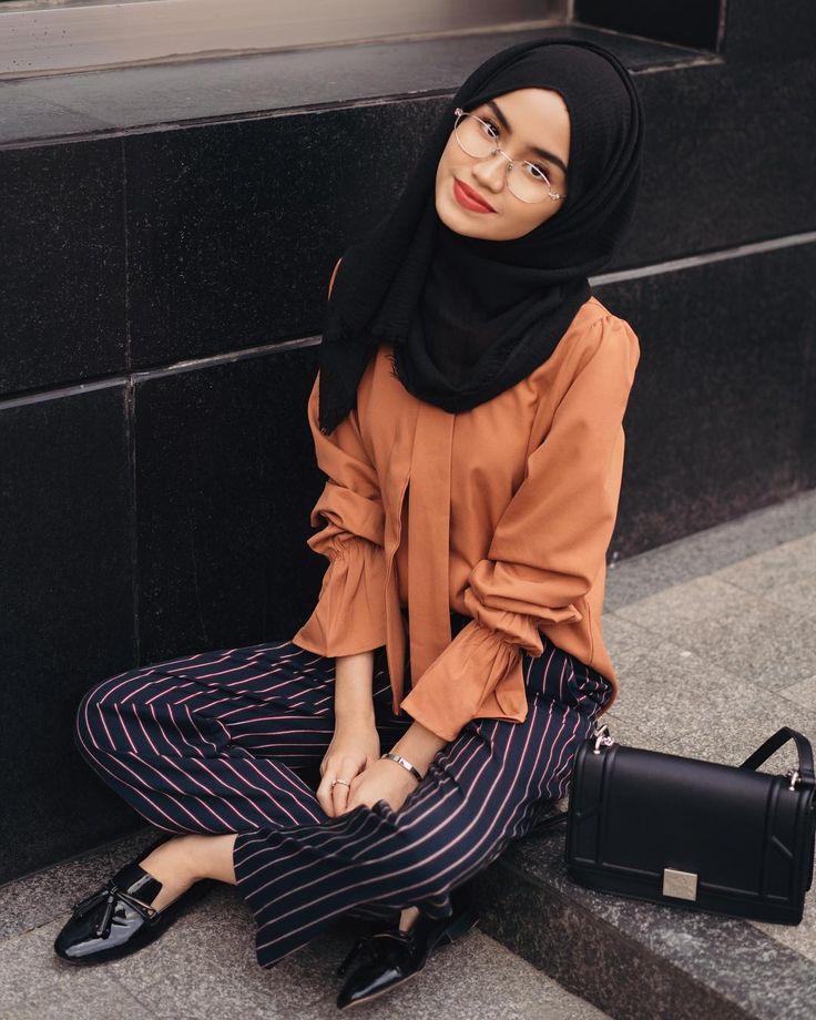 "122 Likes, 3 Comments - Hijab Chicness  (@hijabchicness) on Instagram: ""@ascia  | #hijabchicness"""