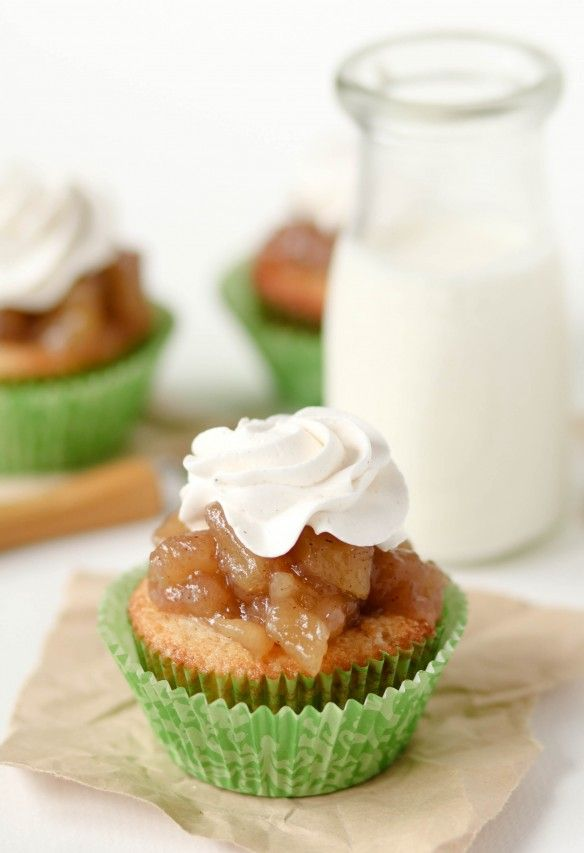 Apple Pie CupcakesCupcakes Ideas, Recipe, Food, Apples Pies Cupcakes, Apples Cupcakes, Apple Pie Cupcakes, Autumn Desserts, Cupcakes Pictures, Apple Pies