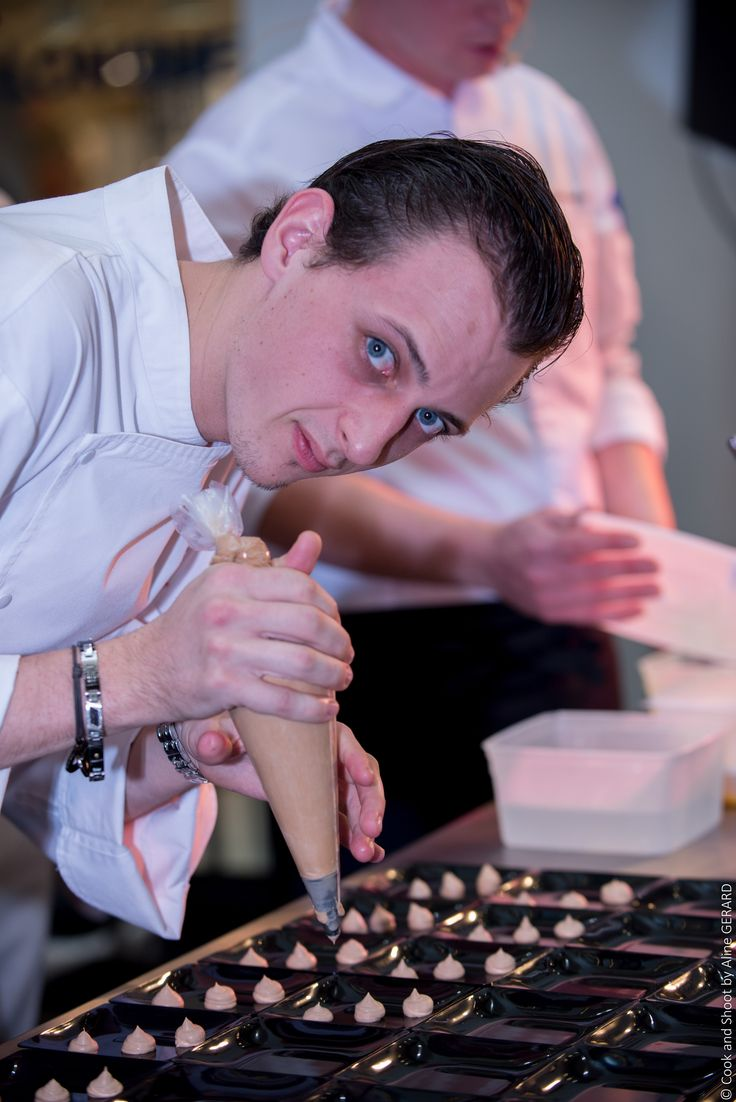 Nos #chefs #pâtissier à l'oeuvre lors du Show'Colat 2014 de Nicetoile