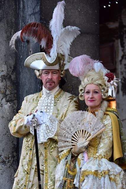 Catia Mancini costumi #dresses  www.costumiperlospettacolo.com #shoponlinecostumes