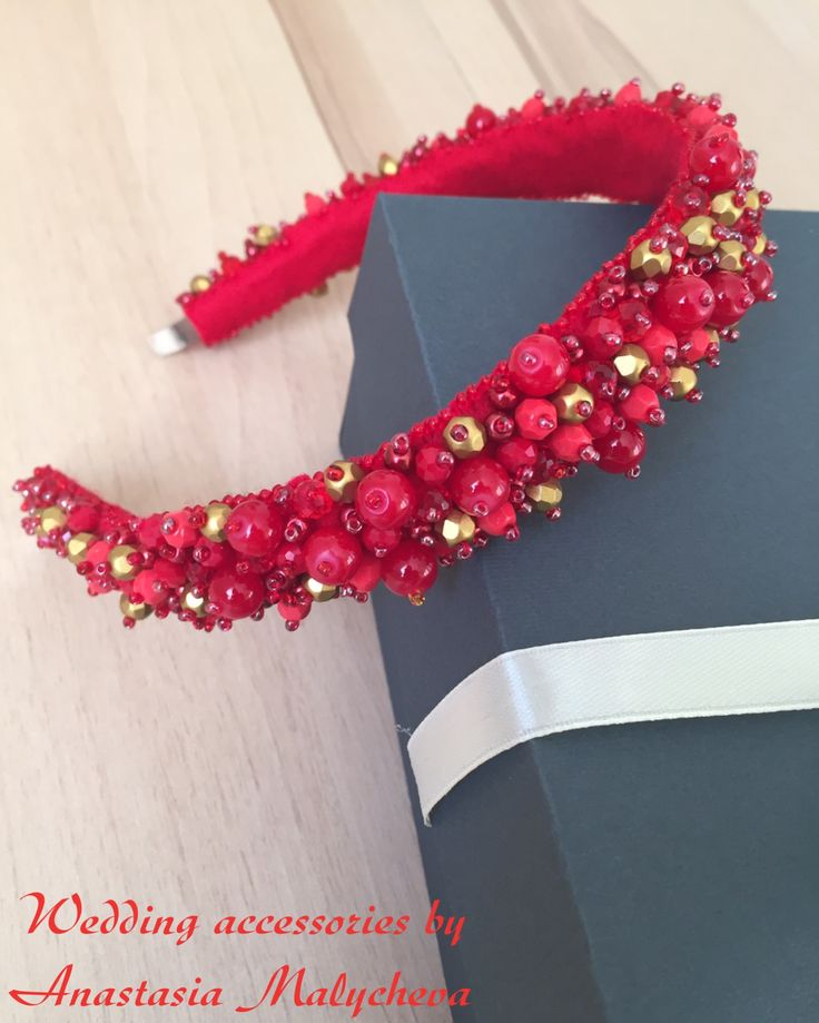 Bright cute hair band is made by Anastasia. Our materials: red faceted glass roundels http://www.livemaster.ru/search.php?vr=0&searchtype=1&search=purmur+%D0%BA%D1%80%D0%B0%D1%81%D0%BD%D1%8B%D0%B5+%D1%80%D0%BE%D0%BD%D0%B4%D0%B5%D0%BB%D0%B8+%D1%81%D1%82%D0%B5%D0%BA%D0%BB%D0%BE, https://www.etsy.com/shop/PurrrMurrr?ref=hdr_shop_menu&search_query=red+rondelle+glass. Thank you, Anastasia