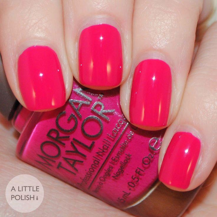 Morgan Taylor - Sitting Pretty A Little Polish