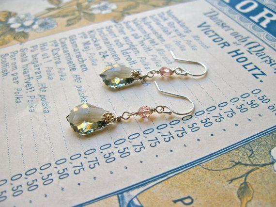 Baroque Nouveau Fleur medium earrings in grey/vintage rose