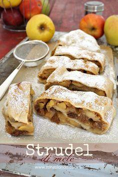 Apfelstrudel - Strudel di mele di zia Luisa | From Zonzolando.com