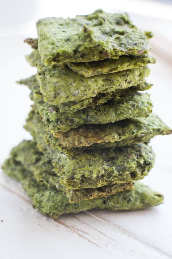 Homemade Kale Crackers Recipe Made By Combining Kale And Flour They Are Sprinkled With Salt To M Cracker Recipes Homemade Crackers Low Carb Crackers Recipes