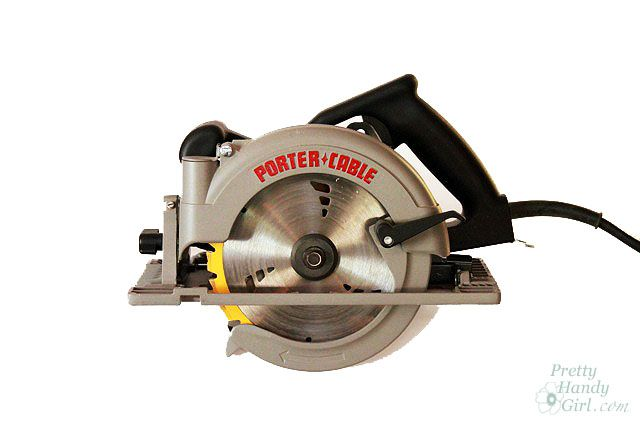 How to use a circular saw. Another Tool Tutorial Friday!