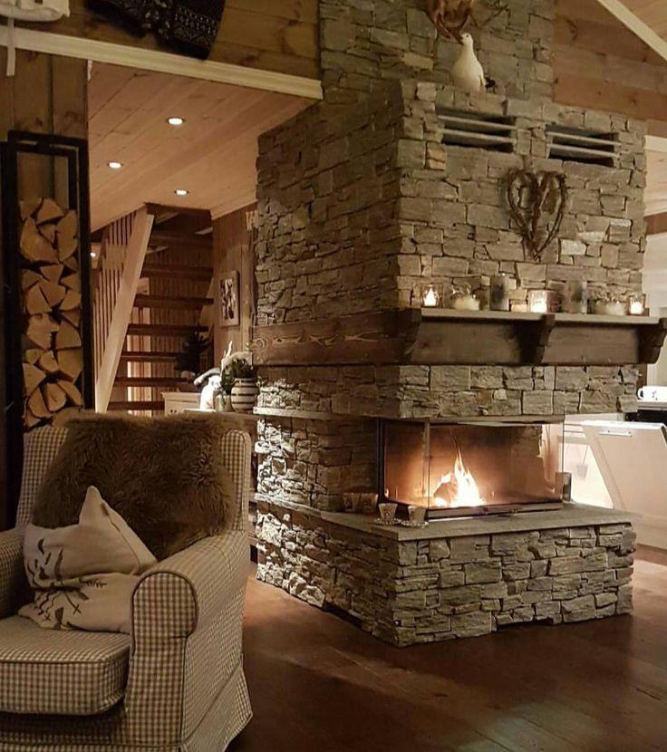 Da fortsetter vi #høstferie på #hytten etter noen dager på jobb  mer av #peiskos  #home #interior #interior4all #herregard_design #interiorandhome #hytte #123hytteinspirasjon #husoghytte #hyttemagasinet #hytteroglandsteder #hytteliv #hytteinteriør #hytteinspirasjon #inspire_me_home_decor #hjemmelaget #design #instadesign #cabin #homeandcottage #kk_living #eventyrligoppussing #tyrilin #interiørbeis #buenhytte #inspire #shabbychic