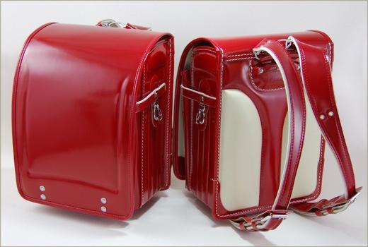 Randoseru (ランドセル) Japanese children's schoolbag I would love to locate these for my kids! Brings back school memories.....