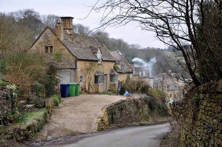 raindropsonroses-65: Snowshill Cottages near the church -212 by bwthornton on Flickr
