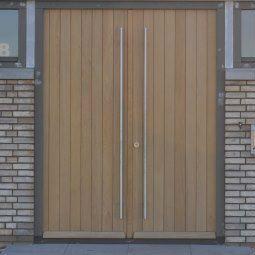 modern-eigentijds-dichte-dubbele-voordeur.jpg (255×255)